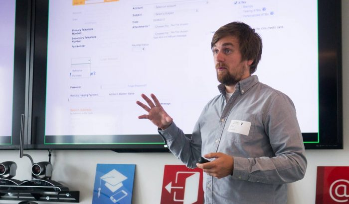 Brad Frost presenting during a consulting session